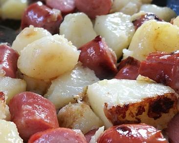 נקניקיות ותפוחי אדמה - קלאסיקה לילדים משני מרכיבים