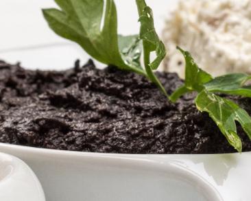 ממרח זיתים שחורים (טפנד) קלאסי בקלי קלות