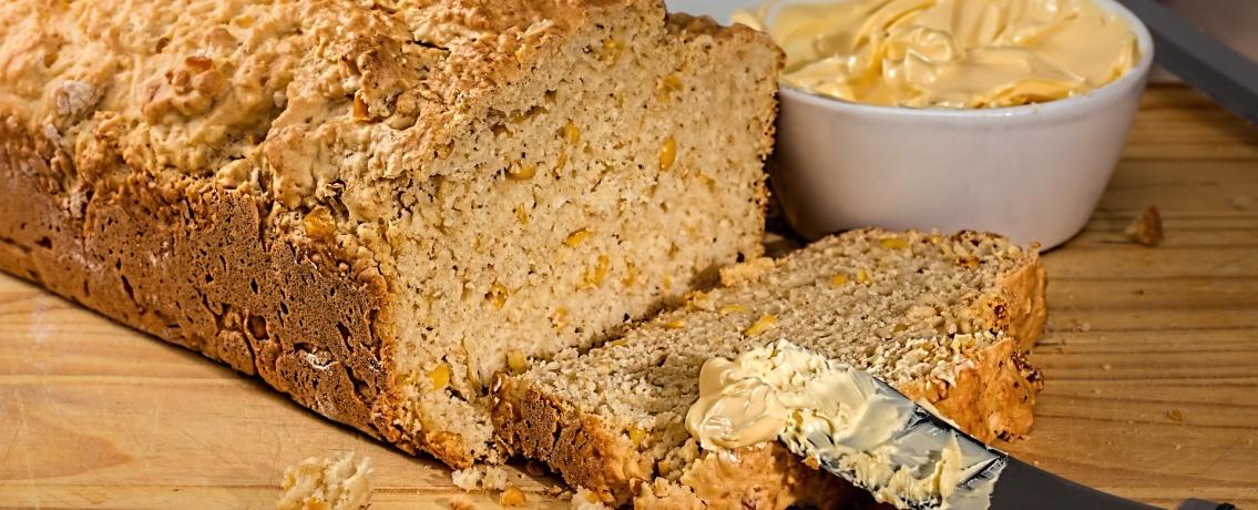 לחם תירס זהוב ומשגע