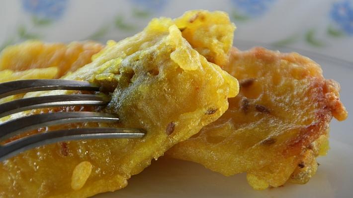 בננות מטוגנות: קינוח סיני קליל כמו של אהרוני