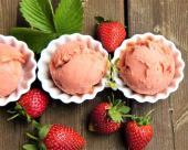 מקפא תותים ושמנת