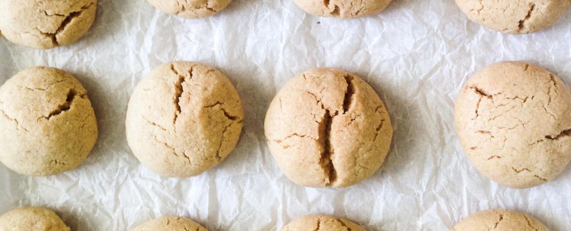 עוגיות טחינה טבעוניות וממכרות במיוחד